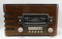 Vintage 1940 Zenith 6 S 439 Tabletop Radio Wooden Case/Bakelite Knobs