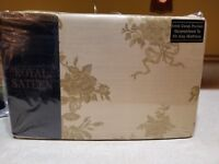 NEW Royal Sateen Full Fitted Sheet Gold Floral.  Kitan Crown Crafts