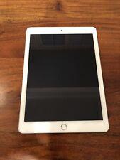 Apple iPad Air 2 128GB, Wi-Fi + Cellular (Verizon), 9.7in - Silver Incl Keyboard