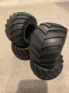 Tamiya Lunch Box/Pumpkin/Wild Willy 2/Mad Bull, 9805213/19805213 Tyres/Tires (4)