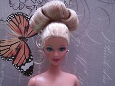 Nude 1999 Happy Holiday Barbie doll