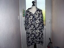 Lovely Anne Harvey plus size 20 navy floral top.........LBW