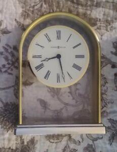 """Howard Miller Commemorative Reminisce 7.5"""" Gold Arch Mantle Clock #613118AF"""