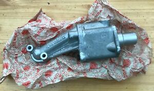 A nos genuine BMC Mowog early MGA Holbourn Eaton  engine oil pump