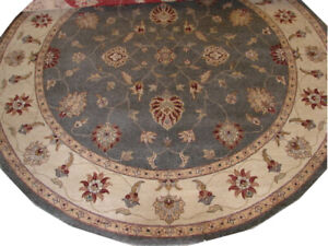 Hand Knotted Traditional 10 Foot Round Floral Design Area Rug