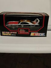 1992 Racing Champions 1:43 Die Cast Stock Car 70 Plymouth Superbird #7