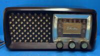 Silvertone Bakelite Radio Sears And Roebuck Cat. No. 2015 Works- No Cracks Nice!