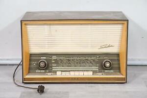 Rörenradio Bakelitgehäuse Wega Carina II 1940er Jahre   (MÖ1738)
