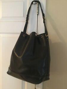 Authentic Louis Vuitton black epi noe shoulder bag