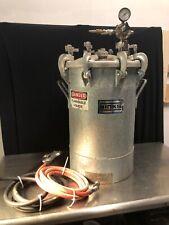 Binks 10 Gallon Pressure Pot Tank Galvanized Steel 83-5301 w Gun & Hoses