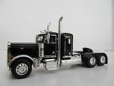 DCP 1/64 SCALE 379 PETERBILT SMALL BUNK (DAY CAB OPT)BLACK W CHROME FRONT FENDER