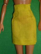 Un Vintage Barbie Tamaño De Ropa Falda Lápiz Corto clon Amarillo ~ ~ Muñeca No Inc