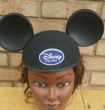 Disney Store cast member ears Mickey Mouse logo hat employee black logo beanie