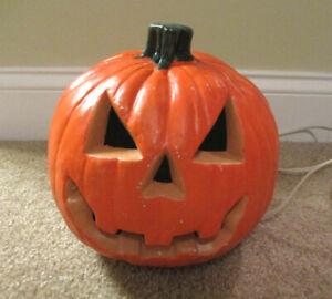 "Halloween Light Up Pumpkin Jack O Lantern Plastic Blow Mold 8"""