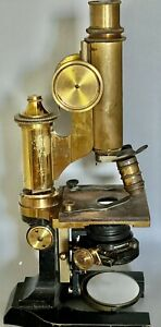 ANTIQUE BRASS MICROSCOPE CIRCA 1886 E. LEITZ WETZLAR W/ Fitted BOX
