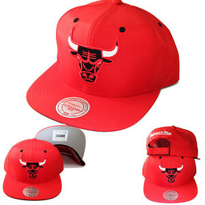 Mitchell & Ness Chicago Bulls Classic Red Water Proof Polyester Strapback Hat