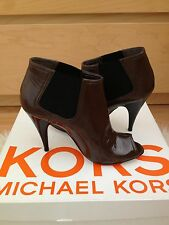 Lovely MICHAEL KORS Shoes, size 7M (US)/ UK 4.5 - brand new in box