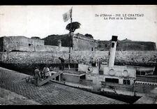 ILE OLERON / LE CHATEAU (17) BATEAU Cie BOUINEAU animé au PORT début 1900