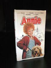 ANNIE (1981 VHS) RARE in Clamshell AILEEN QUINN