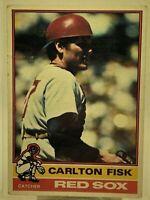 Carlton Fisk #365 1976 Topps Baseball Card Boston Red Sox HOF
