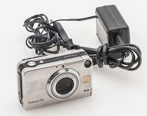 Kyocera Yashica Finecam S5 Kompaktkamera Kamera mit Kyocera 3x Zoom Lens