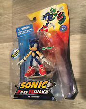 Jazwares Sonic Free Riders ERROR Sonic the Hedgehog as Jet The Hawk figure