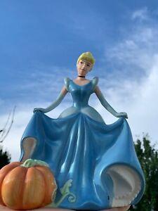 Vintage Disney Princess CINDERELLA Belle of Ball & Pumpkin Coach Bank ❤️sj17j