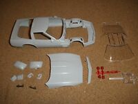 AMT 1/25 1990 CHEVROLET CORVETTE ZR-1 COUPE BODY AND RELATED PARTS