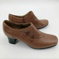 Clarks Women's Leather Zip Ankle Booties Size 11 Toggle Button Block Heel Brown