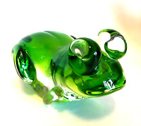 Green Glass Frog Large Paperweight Figurine Hand Blown 7 inches Long