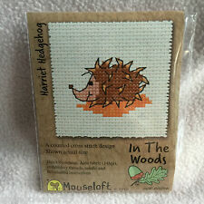 Mouseloft stitchlets CROSS STITCH KIT ~ IN THE WOODS ~ Harriet HEDGEHOG ~ NUOVO