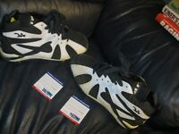 1995 KEN GRIFFEY JR Game Used Autographed Baseball Cleats PSA Certified