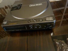 VINTAGE SONY DISCMAN PERSONAL / PORTABLE CD PLAYER D-90 WALKMAN
