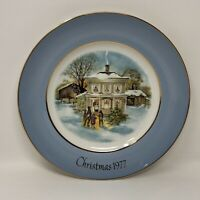 "Avon 1977 Christmas Plate Carollers in the Snow Enoch Wedgwood England 9"" w Box"