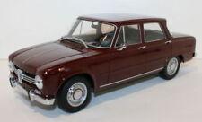 Voitures, camions et fourgons miniatures MINICHAMPS pour Alfa Romeo 1:18