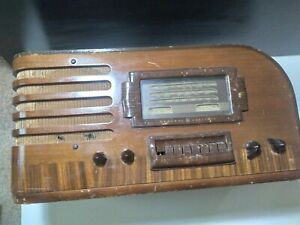 Vintage GE Tube Radio J-64 Wooden push button Radio Untested Parts only