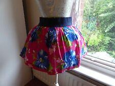 Gorgeous little short flared skirt Hollister size S UK8 bright pink blue flowers