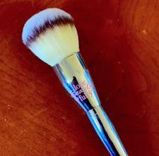 IT Brushes For ULTA Love Beauty Fully All Over Powder Brush #211