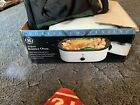 GE Cooking Convenience 18 Quart Roaster Oven Model #169012 / insert included photo