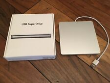 Apple USB SuperDrive DVD/CD PLAYER MD564ZM/A A1379 IN BOX - VGUC