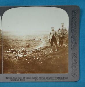 WW1 Stereoview Photo Burying The German Dead Near Arras Underwood
