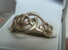 Attractive LARGE 9ct Yellow Gold Celtic Ring h/m 1998 Birmingham - Size Z + 1