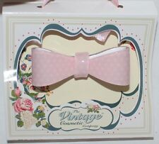 The Vintage Cosmetic Women's Pink With White Stars Hair Clip **
