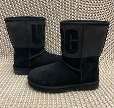 UGG Classic Short UGG Sparkle Graphic Logo Black Suede Fur Boots Size 6 Womens