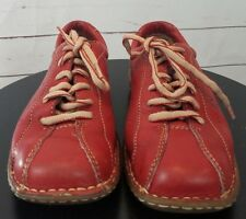 Born Womens RED Bowling Style Casual Oxford Shoes