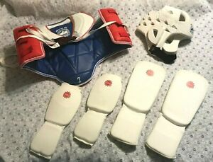 LOT OF MARTIAL ARTS PROTECTIVE GEAR KIDS S/L boy's/girl's BODY/HEAD/ARM/LEG PADS