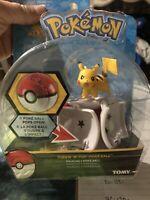 Pok'emon Pikachu Throw ~n~ Pop Pok'e Ball