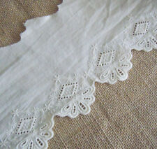 "4"" Wide Vintage Eyelet Cotton Fabric wirth Embroidered Flower Ivory b0174"