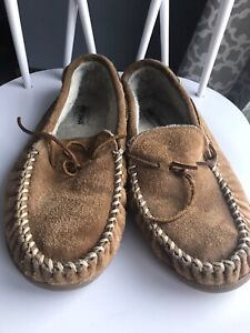 Minnetonka Moccasin Suede Lace Slippers Men's Size 13