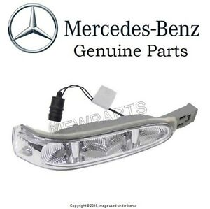 For Mercedes W164 GL ML-Class Passenger Right Door Mirror Turn Signal Light OES